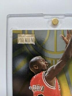 1997 Michael Jordan Skybox Premium NET SETS #8 of 20 SUPER RARE INSERT