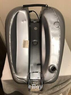 2001 Harley Dyna FXD Super Glide Rare Diamond Ice Gas Tank Fender Set