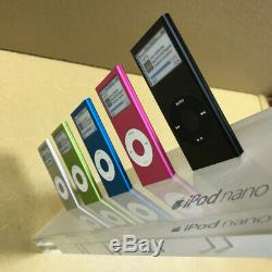 Apple Store Promotional Display SUPER COOL Authentic Apple iPod nano SET RARE
