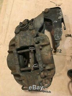 MERCEDES w112 M189 300SE Heckflosse SUPER RARE Rear Brake Caliper Set