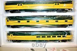 SUPER RARE! NEW Weaver Brass O C&NW YELLOW JACKET & 5 CAR ALUMINUM SET 2-RAIL