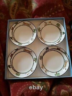 Super RARE Wedgwood China Hunting Scenes set of 4 sm 4 1/4 dishes in orig box