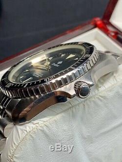 Super rare vintage diver Zodiac Red Dot automatic oversize monnin case full set