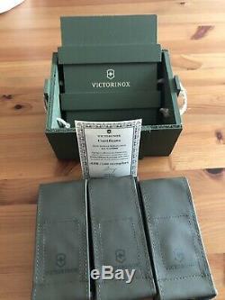 Victorinox military set super rare limited edition V-LTD02 N. 115/199