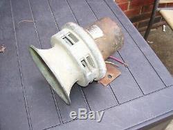 Vintage old 1970's Auto alarm Parade Siren car service auto gm street rat rod